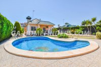 Detached Villa in Arenales del Sol (0)