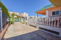 Detached Villa in Arenales del Sol (25)