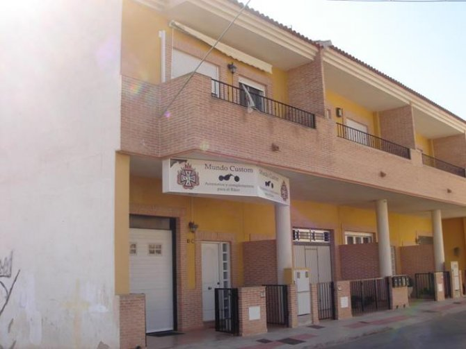 260m2 Town House in Catral