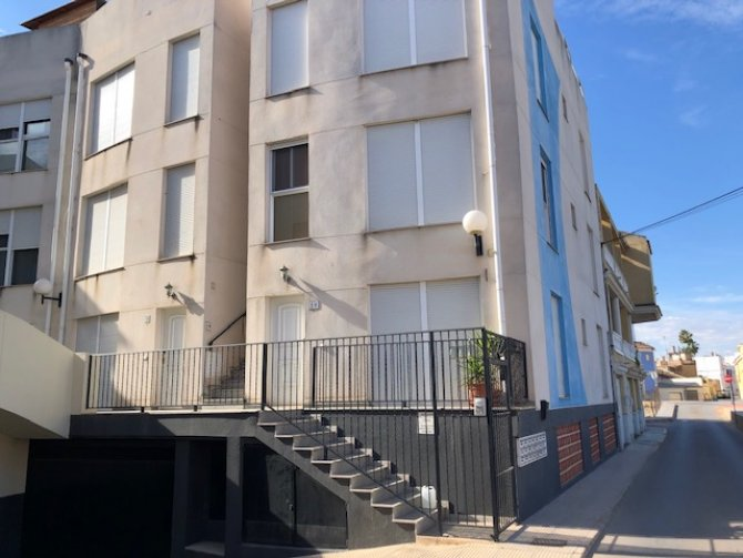 RS 1614 Central plaza duplex, Catral