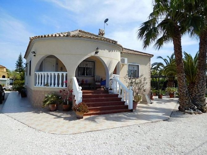 Luxury Villa in Catral