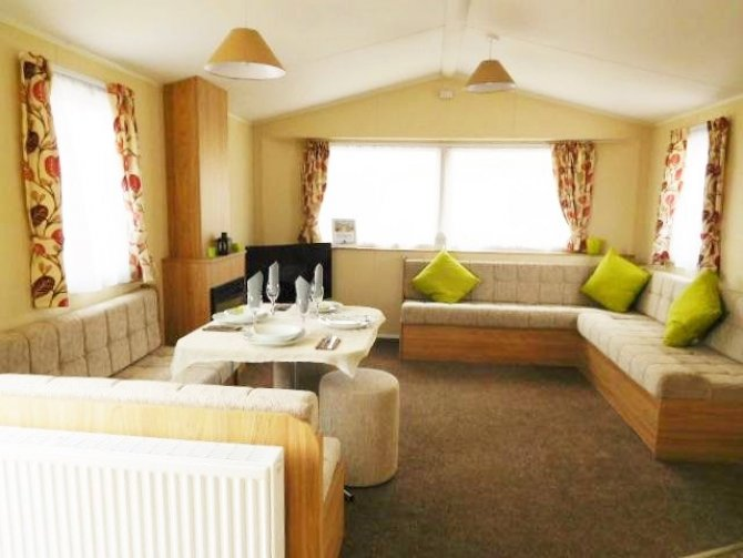 Almond Grove Village, Brand new Willerby Mistral