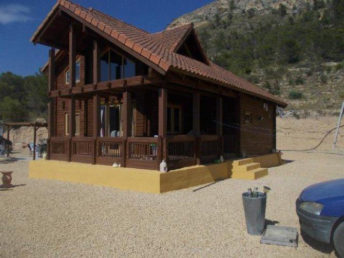 Stunning Log cabin in Relleu