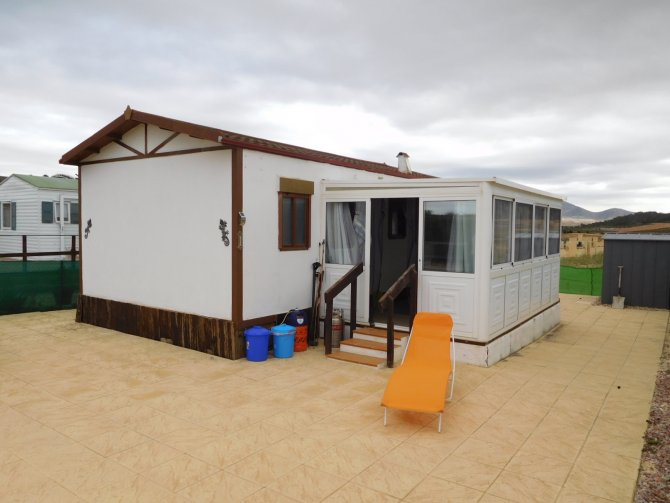 Aitana Park home with conservatory