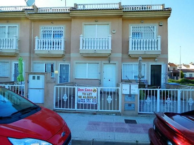 LL980 fantastic Town house in Catral for long term rental