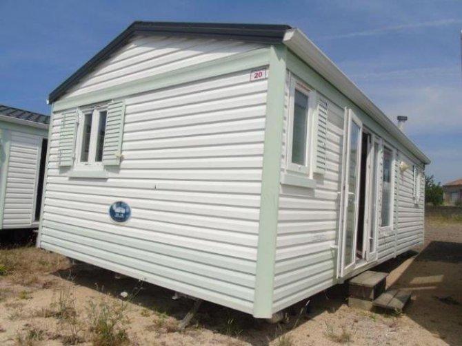 Bargain, IRM Super Titania 8m x 4m 2 bed mobile home