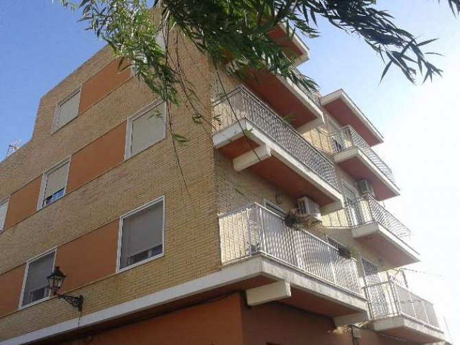 4 bedroom, 2 bathroom apartment in Catral