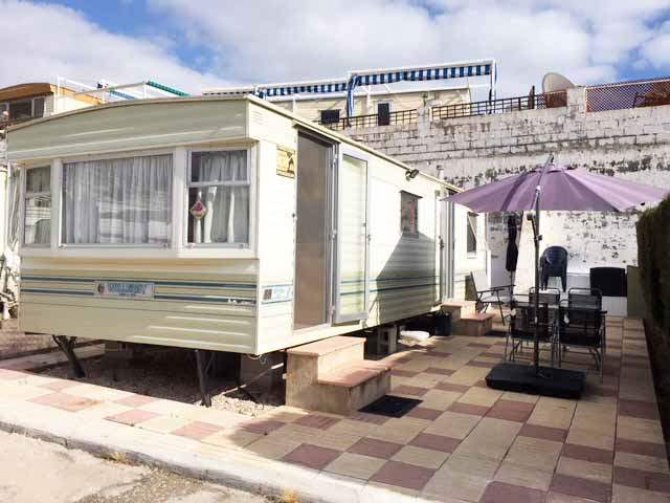 Mobile home by the sea