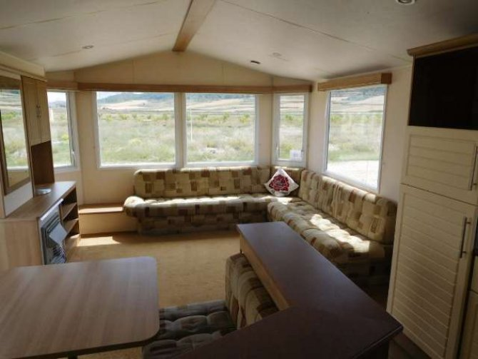 Luxurious Atlas Chorus, 3 bedroom, 2 bathroom mobile home.