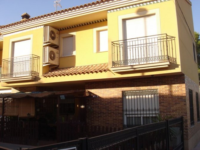 TOWN HOUSE FOR RENT IN CATRAL