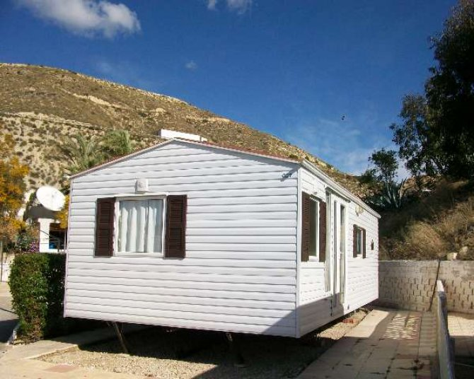 Willerby mobile home near the coast