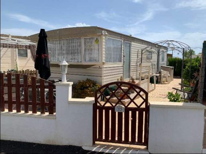 2 bed, 1 bath mobile home, near the sea