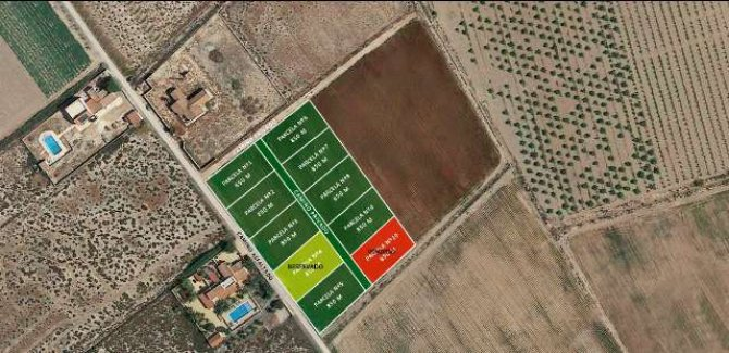 Private plots of freehold land for mobile homes