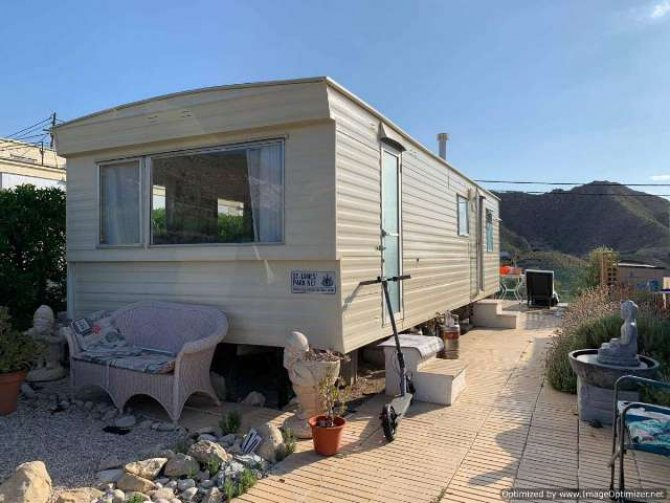 2 bed mobile Home near the sea