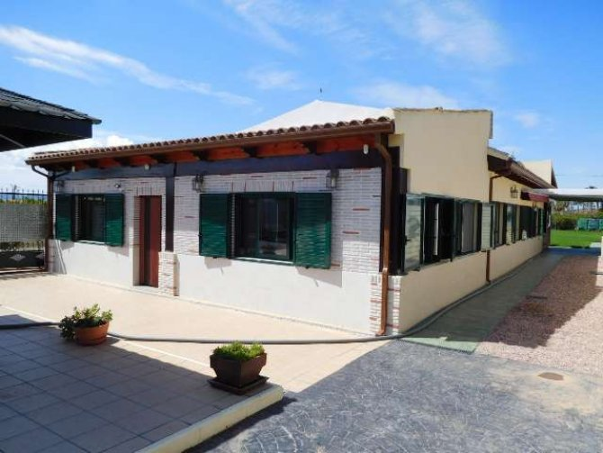 VILLA FOR RENT IN CATRAL