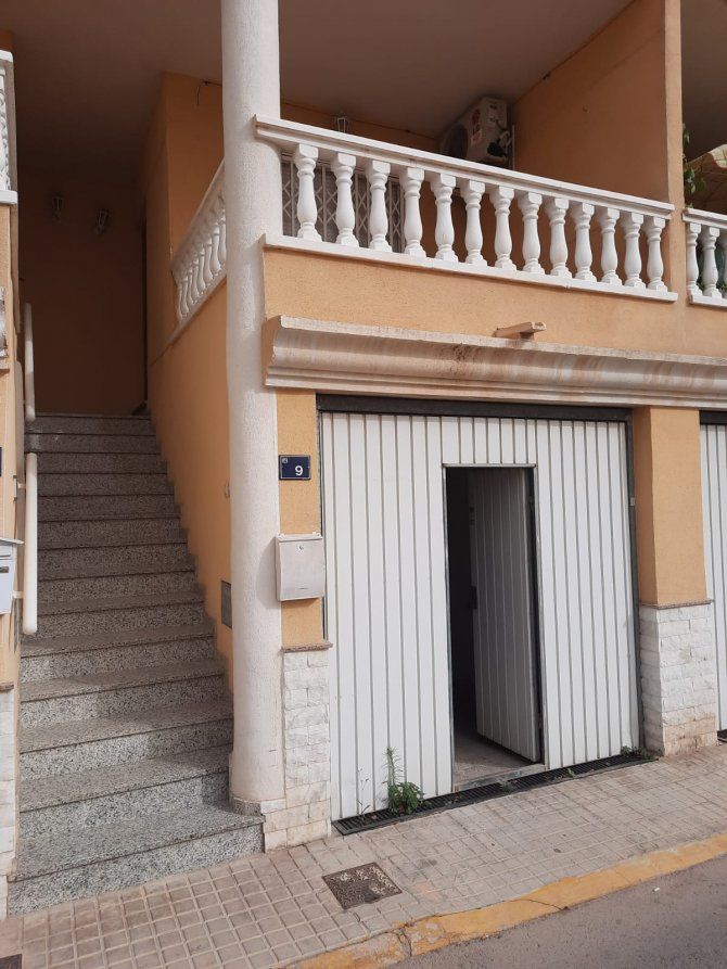 PROPERTY FOR SALE IN CATRAL