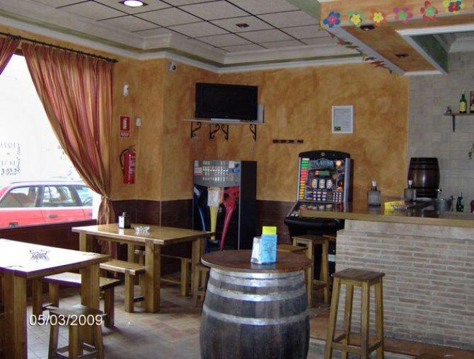 Bar Terra Miega, Dolores