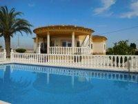 Stunning 4 bedroom Villa (3)