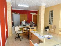 Lock up shop and apartment in Catral (3)
