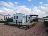 Great 2 bed Willerby Cottage with decking (1)