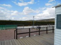 Great 2 bed Willerby Cottage with decking (5)