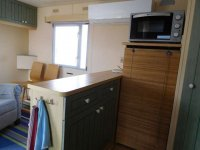 Great 2 bed Willerby Cottage with decking (11)