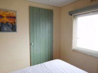 Great 2 bed Willerby Cottage with decking (16)