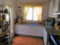 LL1117 Detached villa with pool, Catral (7)
