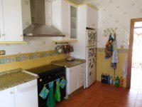 LL1117 Detached villa with pool, Catral (9)