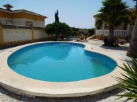 Luxury 3 bedroom detached villa with pool in Catral. (4)