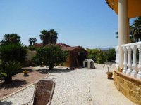 Luxury 3 bedroom detached villa with pool in Catral. (7)