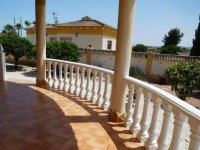 Luxury 3 bedroom detached villa with pool in Catral. (9)