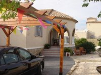 4 bedroom detached villa in Catral for long term rental (22)