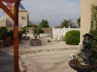 4 bedroom detached villa in Catral for long term rental (23)