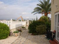 4 bedroom detached villa in Catral for long term rental (24)