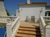 4 bedroom Villa in Catral on Rent To Buy (4)