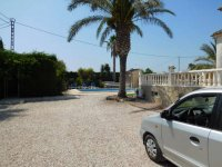 4 bedroom Villa in Catral on Rent To Buy (37)