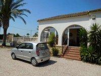 4 bedroom Villa in Catral for sale (1)
