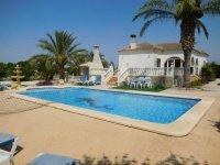 4 bedroom Villa in Catral for sale (6)