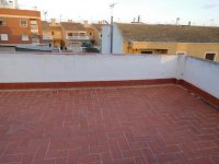 Large town house with underbuild in Catral (45)
