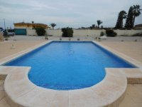 Detached Villa with private pool (3)