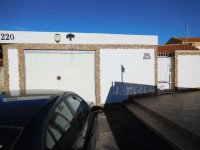 Two wooden chalets, with garage, on a freehold plot on Mi-Sol Park Torrevieja. (1)