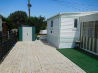 Spacious 2 bedroom mobile home on the Palms (3)