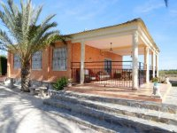 detached Villa with Swimming pool (24)