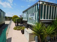 Stunning Benimar mobile home, with free car (7)