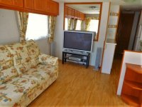 2 bed, 1 bath Mobile home to go to site of your choice (12)