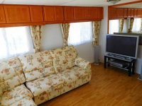 2 bed, 1 bath Mobile home to go to site of your choice (14)