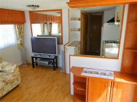 2 bed, 1 bath Mobile home to go to site of your choice (15)