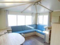 Fantastic mobile home with end lounge (5)