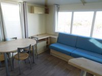 Fantastic mobile home with end lounge (8)